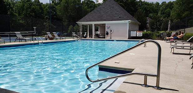 Sparkling Fresh Water Pool at Heritage Lakes